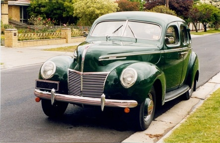 1939_Mercury4DoorSedan